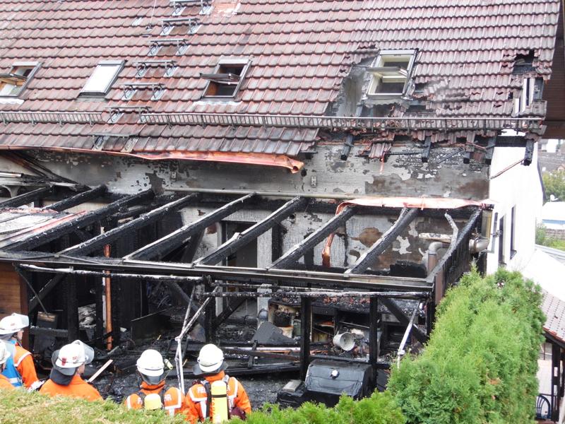 Wintergarten Karlsruhe brand zerstört wintergarten eines wohnhauses einsatzbericht